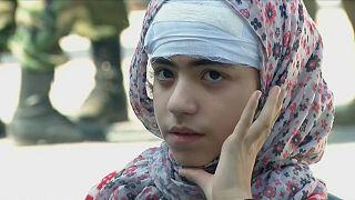 شاهد: إجلاء مرضى ومصابين من الغوطة الشرقية