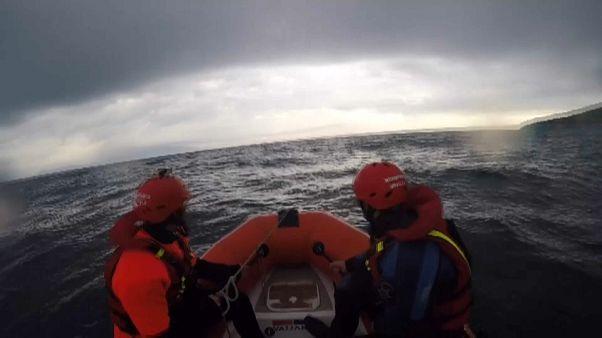 Tre pompieri spagnoli accusati di traffico di esseri umani a Lesbo