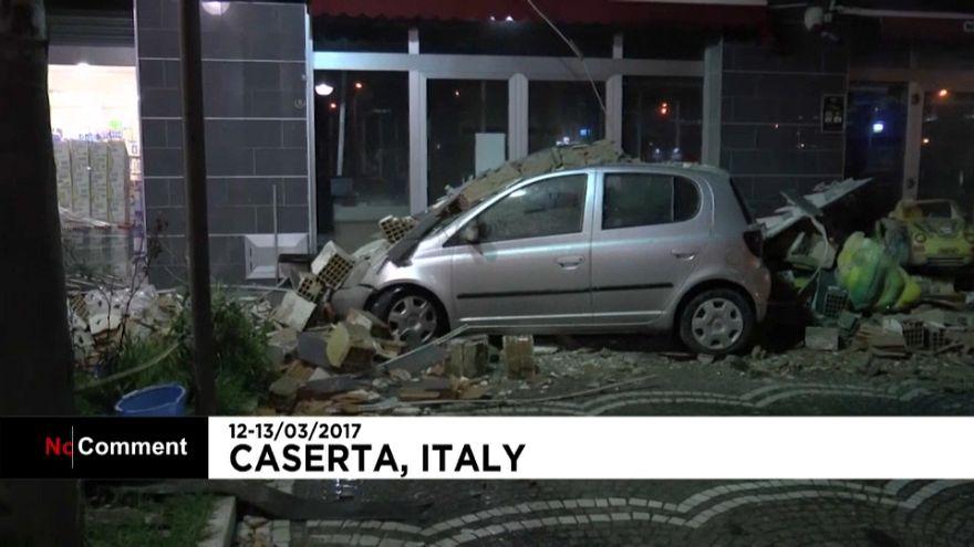 İtalya'da şiddetli fırtına