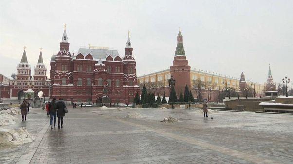 """Mosca a Londra: """"No a ultimatum. Il colonialismo è finito"""""""