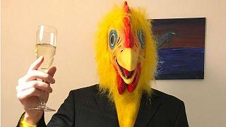 Hongrie : un homme déguisé en poulet candidat au Parlement