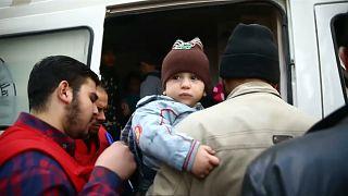 Primeiros civis feridos retirados de Ghouta Oriental