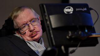 L'astrofisico e scrittore Stephen Hawking è morto a 76 anni