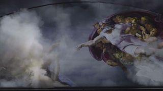 """Michelangelos """"Erschaffung Adams"""" in der neuen Show"""