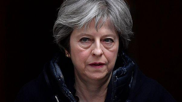 Theresa May expulsa diplomatas russos do Reino Unido