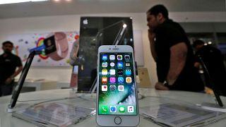 França vai processar Google e Apple por práticas abusivas