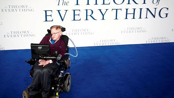 «Η ιστορία των πάντων»: Η ταινία για την πολυτάραχη ζωή του Στίβεν Χόκινγκ