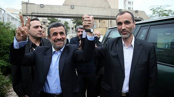 انتقاد تند احمدینژاد از حبس بقایی: پیشانی سفیدان فساد دولت پاک را متهم میکنند