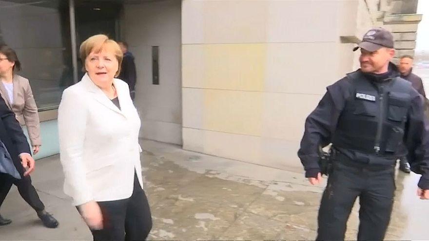 Protesto contra Angela Merkel