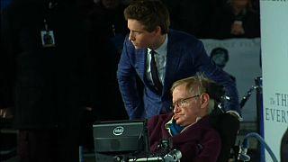 El reto de interpretar a Stephen Hawking