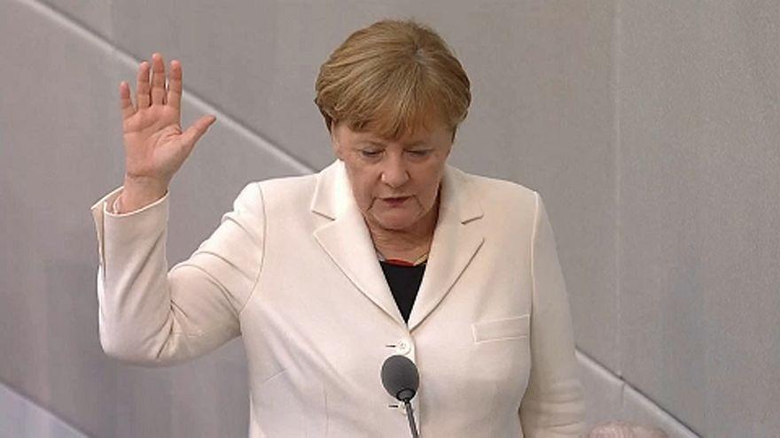 Megvan az új Merkel-kormány