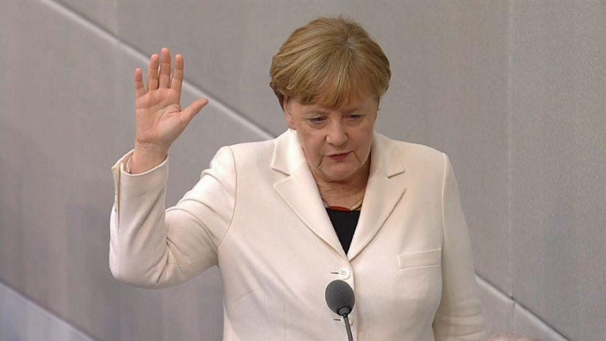"""""""Grande coligação"""" alemã começa a governar"""