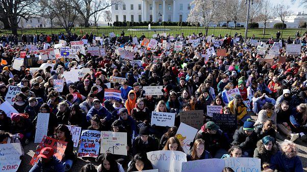 El clamor de las aulas contra la violencia de las armas en EEUU