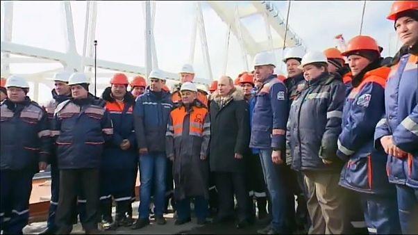 Putin'den seçim öncesi Kırım'a kritik ziyaret