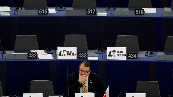 Europa urge a investigar el asesinato del periodista eslovaco