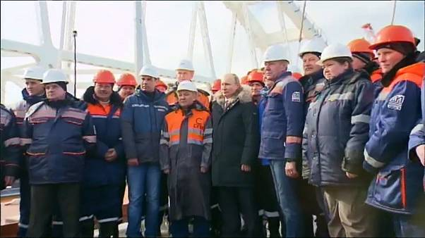 Vladimir Putin de visita à Crimeia
