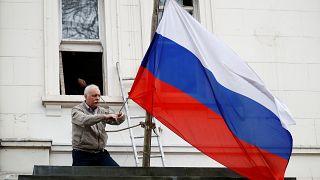 Ήπιες οι πρώτες ρωσικές αντιδράσεις στις βρετανικές κυρώσεις