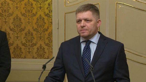 Dimite el el primer ministro eslovaco Robert Fico