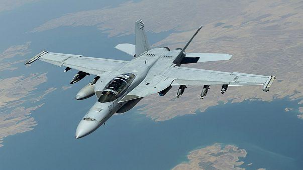 مقتل طيارين اثنين في تحطم طائرة حربية من طراز سوبر هورنيت