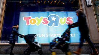 HΠΑ: Στον αέρα 30.000 εργαζόμενοι της Toys 'R' Us