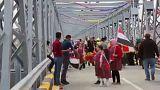 Vidám hangulatban nyitották újra a moszuli hidat