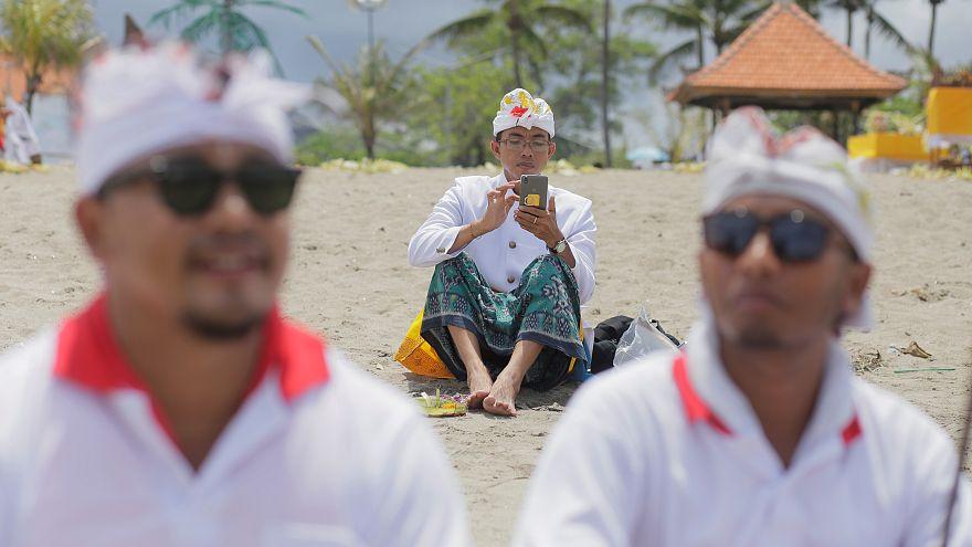 Warum Bali mobiles Internet für 24 Stunden kappt