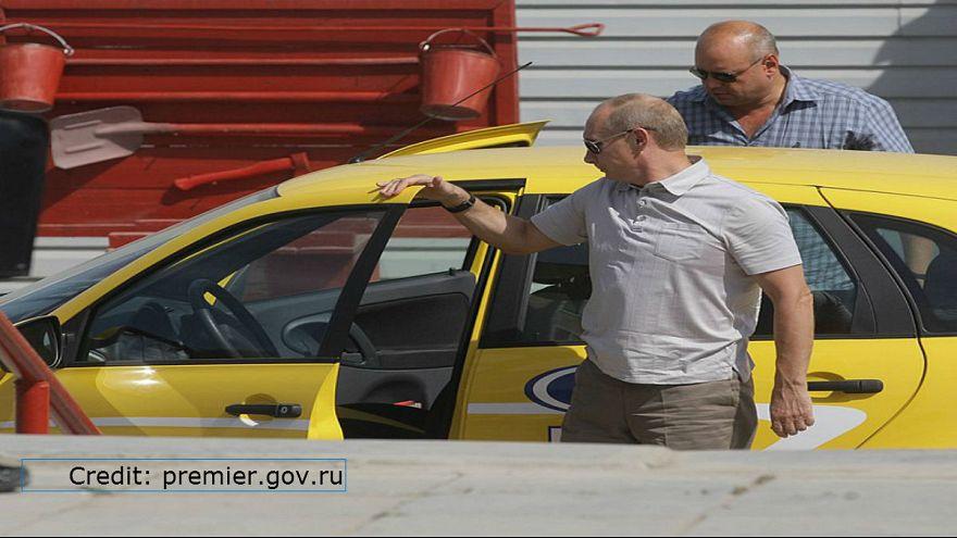بوتين فكر جديا بأن يعمل سائق سيارة أجرة