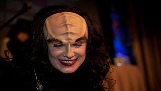 Learn Klingon in 2 minutes (sort of)