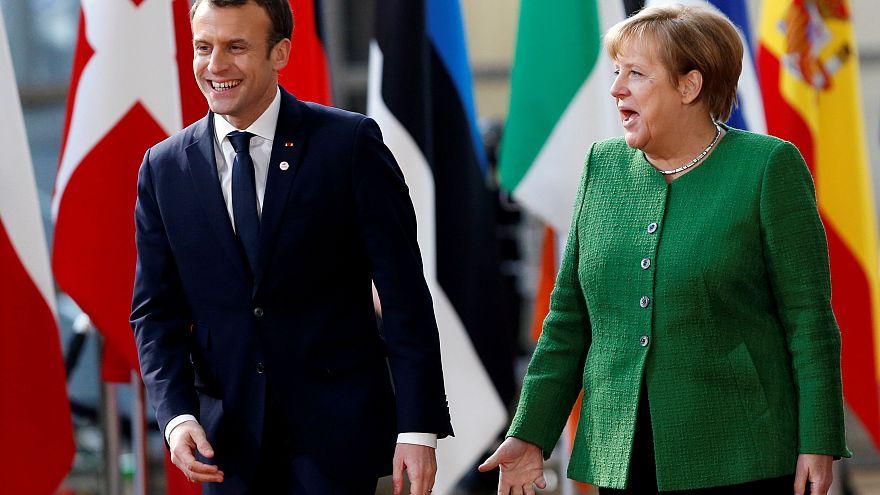 Merkels Antrittsbesuch in Paris
