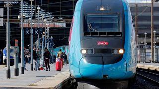 Γαλλία: Απεργιακές κινητοποιήσεις για τρεις μήνες στα τρένα!