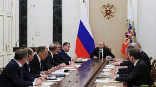 """""""Ceux qui détruisent les relations avec la Russie jouent avec le feu"""""""