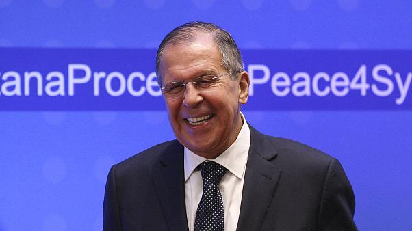 وزير الخارجية الروسي سيرجي لافروف في مؤتمر صحفي في قازاخستان