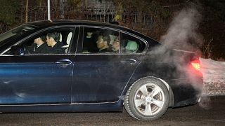 Az észak-koreai külügyminiszter országa stockholmi követségére érkezik