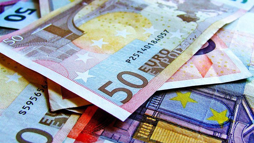 كيف تقوم دول الاتحاد الأوروبي بإنفاق ميزانيتها؟