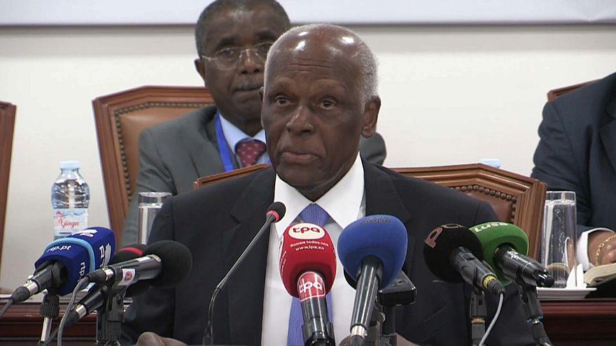 Eduardo dos Santos quer novo líder do MPLA em dezembro ou abril de 2019