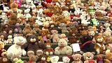 مئات الدمى في برلين للتنديد بما يجري في سوريا