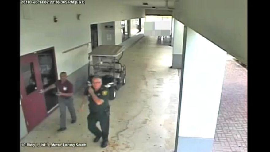 Florida okul saldırısına ait yeni görüntüler basınla paylaşıldı
