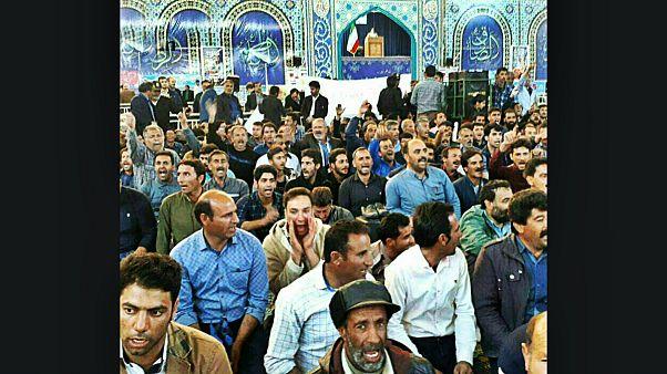 اعتراض کشاورزان اصفهانی به کم آبی به نمازجمعه رسید