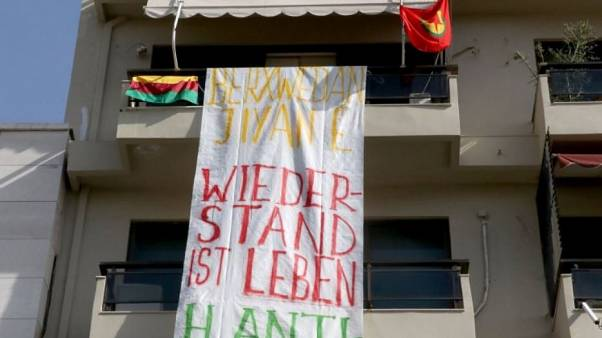Ηράκλειο: Εισβολή αντιεξουσιαστών στο προξενείο της Γερμανίας