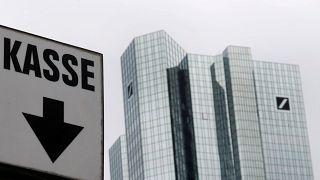 """El """"generoso"""" pago de bonos de Deutsche Bank a sus banqueros"""
