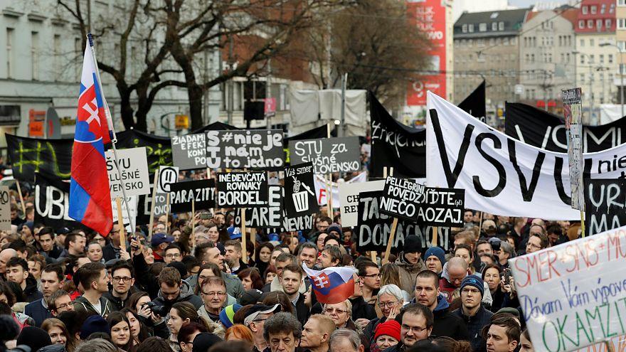 Újabb kormányellenes tüntetés zajlott Pozsonyban