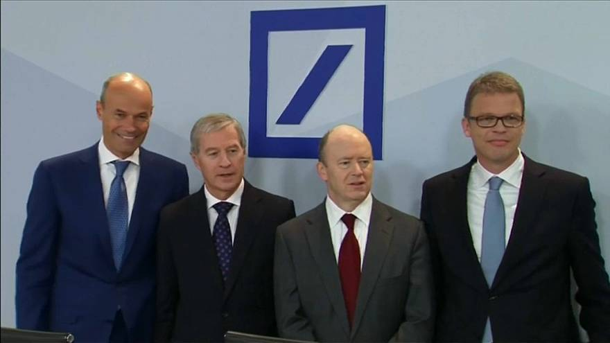 Deutsche Bank in crisi ma quadruplica i bonus