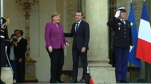 Merkel-Macron: muro contro la Russia per il Regno Unito