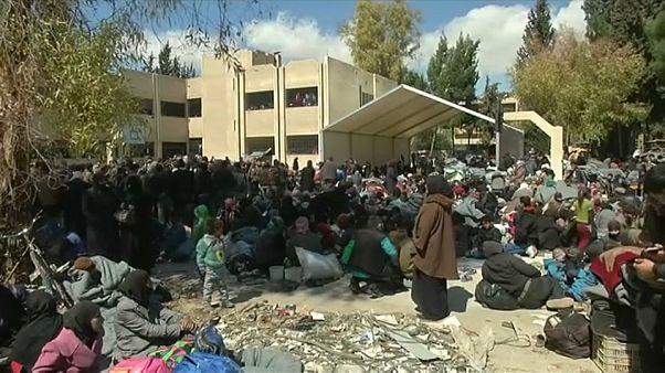 Syrie : les civils fuient en masse la Ghouta