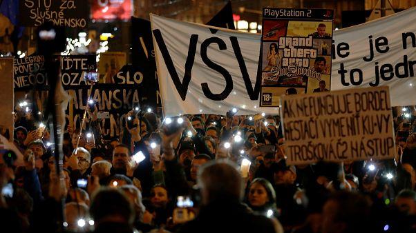 Σλοβακία: Συνεχίζονται οι αντικυβερνητικές διαδηλώσεις