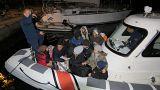 Ege'de göçmen teknesi battı, 5'i çocuk 15 kişi hayatını kaybetti