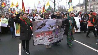 Nevruz etkinliğinde Afrin protestosu