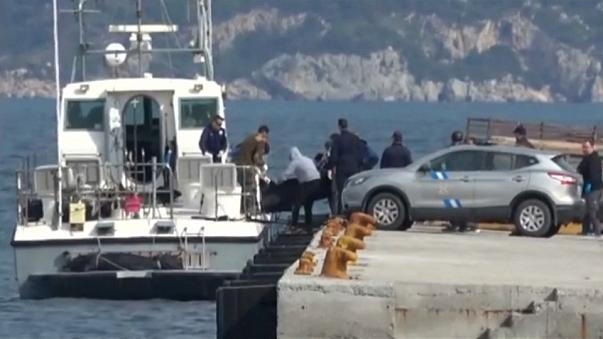 Naufrágio no Mar Egeu provoca a morte de 16 migrantes