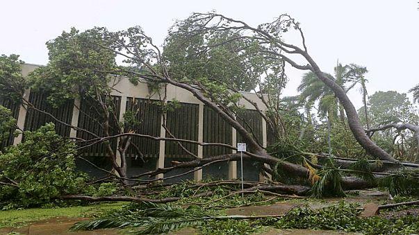 """إعصار """"ماركوس"""" يتسبب في قطع الكهرباء عن آلاف المنازل في استراليا"""