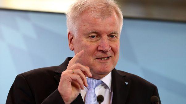 Horst Seehofer will mehr Grenzkontrollen